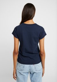 Abercrombie & Fitch - CREW 3 PACK - T-shirts med print - white/navy/black - 3