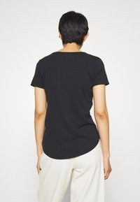 Abercrombie & Fitch - SOFT ICON TEE - T-shirt basic - black - 2