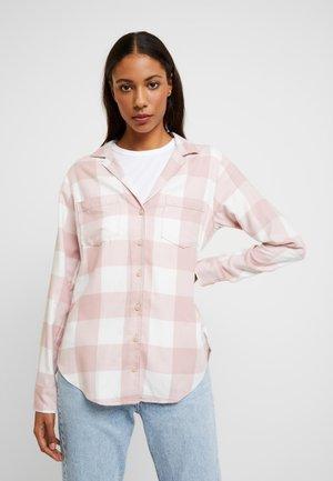 Skjorta - light pink