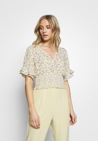 Abercrombie & Fitch - SMOCK WAIST BLOUSE - Camicetta - white - 0