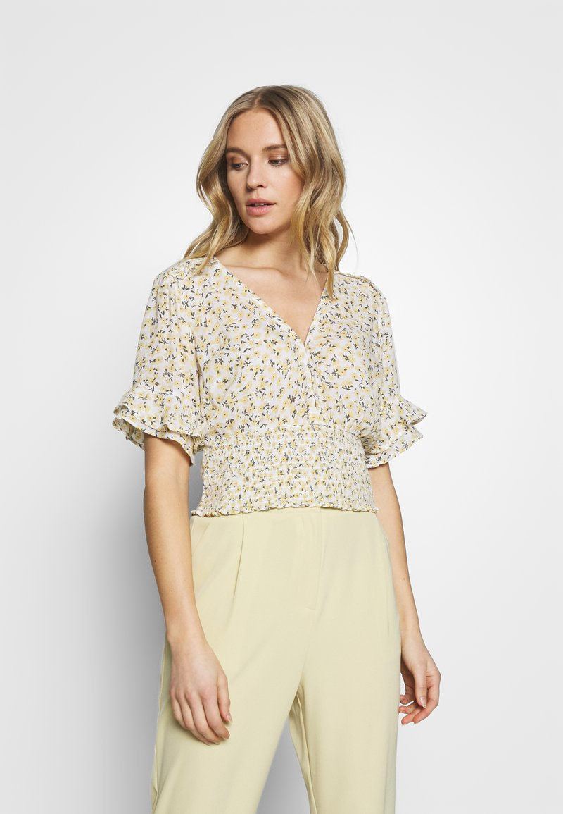 Abercrombie & Fitch - SMOCK WAIST BLOUSE - Camicetta - white