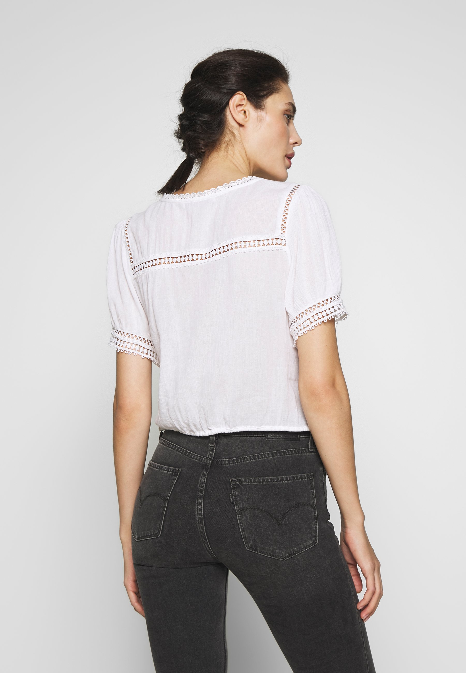 Abercrombie & Fitch BLOUSE - Bluser - white