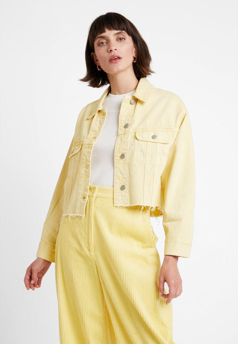 Abercrombie & Fitch - CROPPED GIRLFRIEND JACKET - Giacca di jeans - yellow