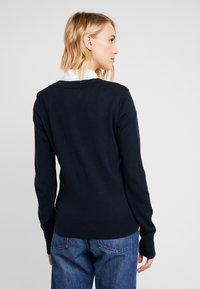 Abercrombie & Fitch - ICON V NECK WITH SHINE MOOSE - Neule - navy - 2
