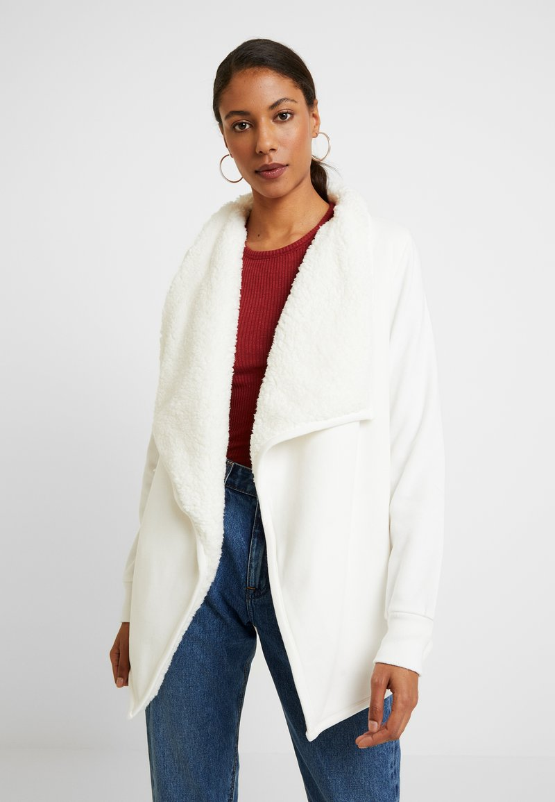Abercrombie & Fitch - SHERPA CARDIGAN - Zip-up hoodie - white