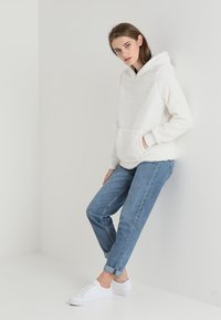 Abercrombie & Fitch - SHERPA - Hoodie - white - 1