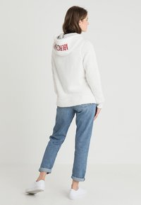 Abercrombie & Fitch - SHERPA - Hoodie - white - 2