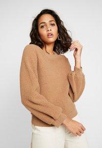 Abercrombie & Fitch - MOCK NECK CREW - Sweatshirt - brown - 3
