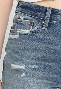 Abercrombie & Fitch - DARK LET DOWN ANNIE  - Relaxed fit jeans - dark destroy - 3