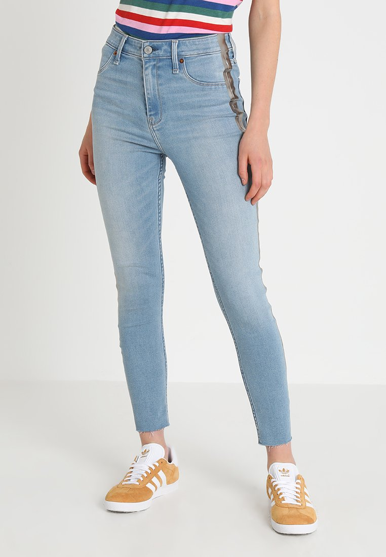 Abercrombie & Fitch - SIDE STRIPE HIGH RISE ANKLE - Jeans Skinny Fit - light