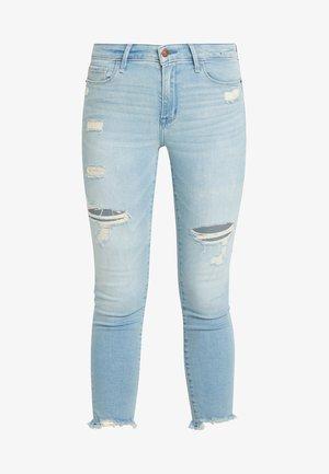 LOW RISE ANKLE - Skinny džíny - light-blue denim