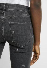 Abercrombie & Fitch - Skinny džíny - washed black - 3