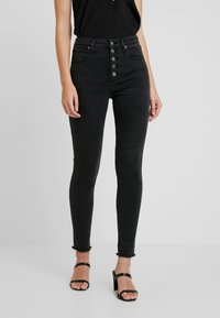 Abercrombie & Fitch - SHANK CURVY ANKLE - Jeans Skinny Fit - black - 0
