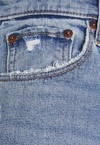 Abercrombie & Fitch - CLEAN CURVE  - Straight leg jeans - light-blue denim - 2