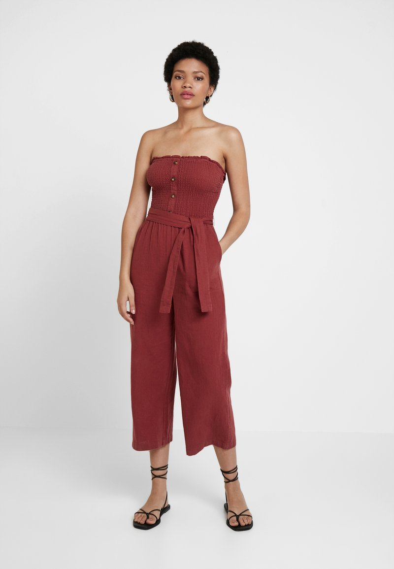 Abercrombie & Fitch - STAPLESS SMOCKED - Jumpsuit - earth red