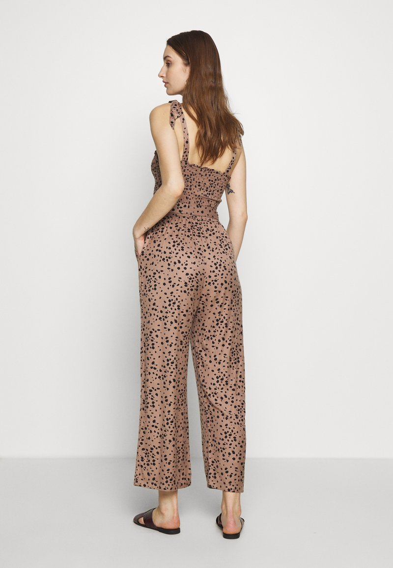 Abercrombie & Fitch SMOCKED BODICE - Jumpsuit - brown cow