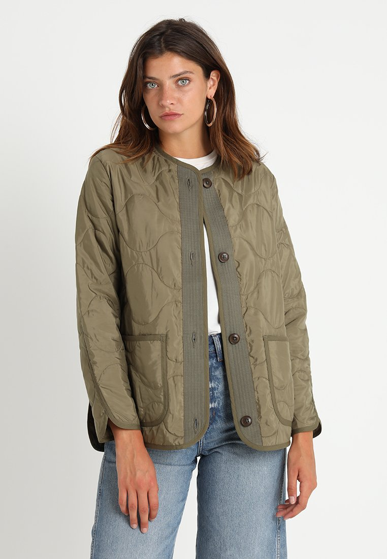Abercrombie & Fitch - Light jacket - olive