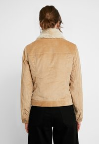 Abercrombie & Fitch - GIRLFRIEND JACKET - Winterjas - brown - 2