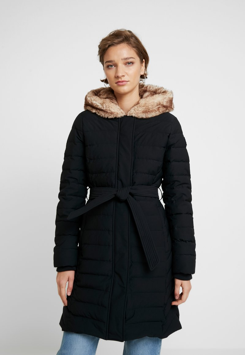 Abercrombie & Fitch - LONG PARKA - Dunfrakker - black