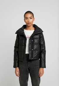 Abercrombie & Fitch - PUFFER - Jas - black - 0