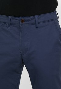 Abercrombie & Fitch - SKINNY - Chinot - navy - 3