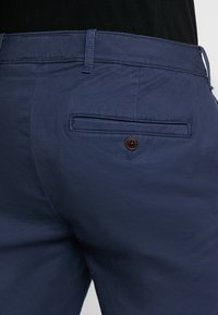 Abercrombie & Fitch - SKINNY - Chinos - navy - 5