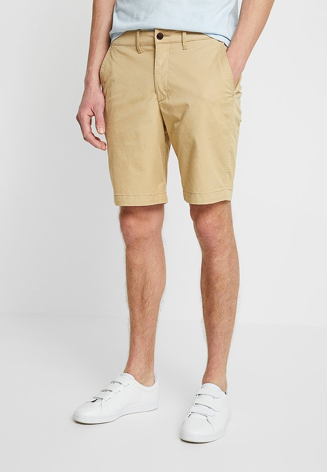 IN NEUTRALS - Shorts - light khaki