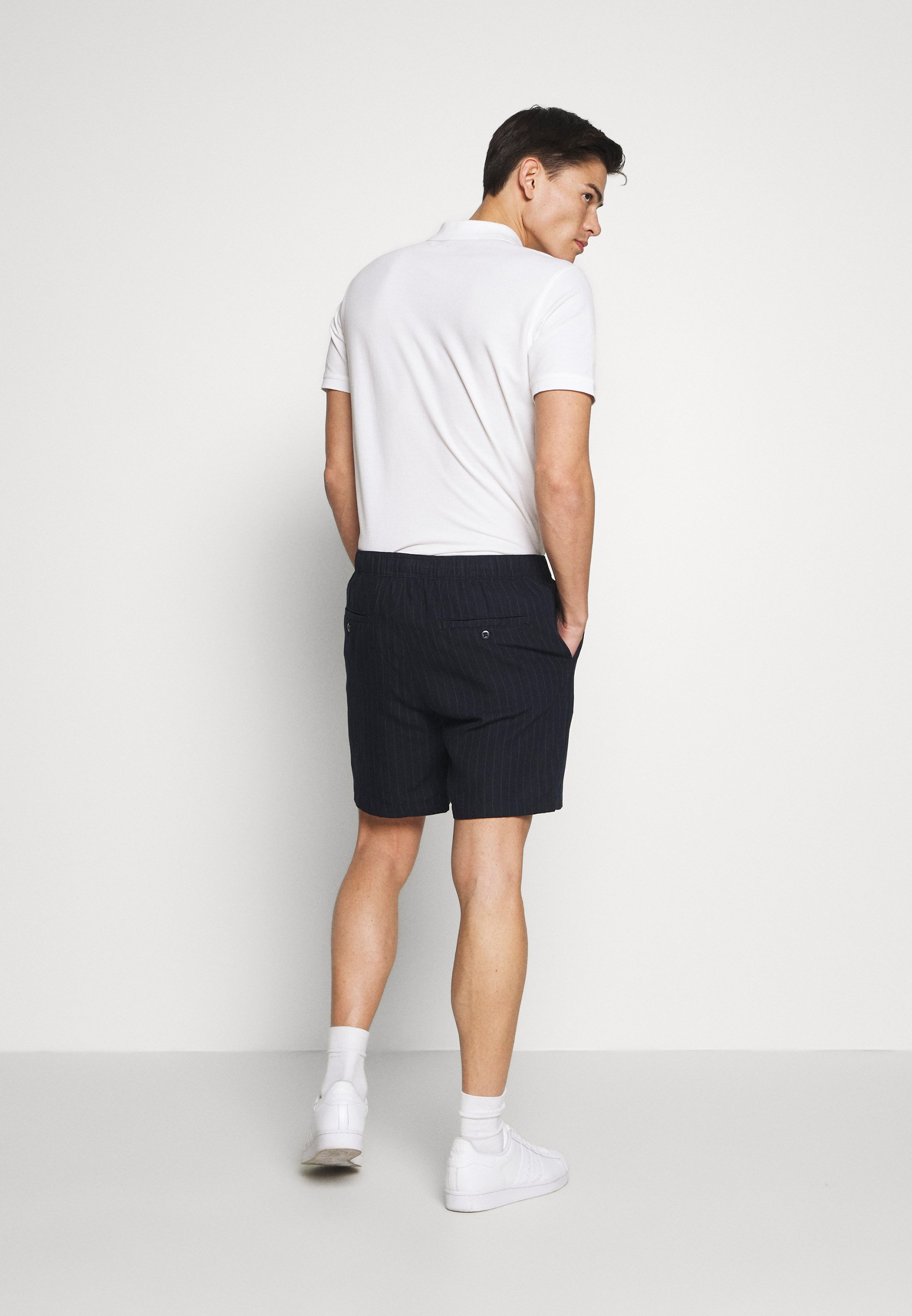 Abercrombie & Fitch DRAPEY PULL ON - Shorts - navy/chalk