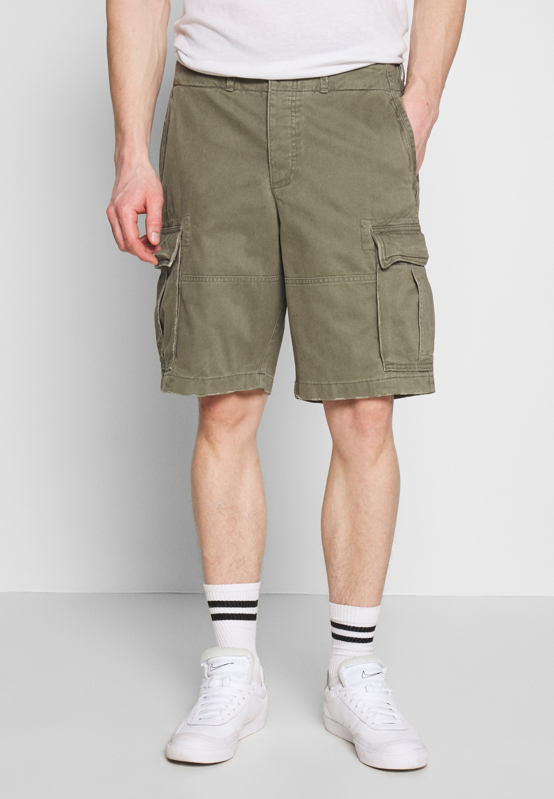 Abercrombie & Fitch Shorts - dusty olive