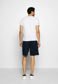 Abercrombie & Fitch - HERITAGE LOGO SHORT - Shorts - blue - 2