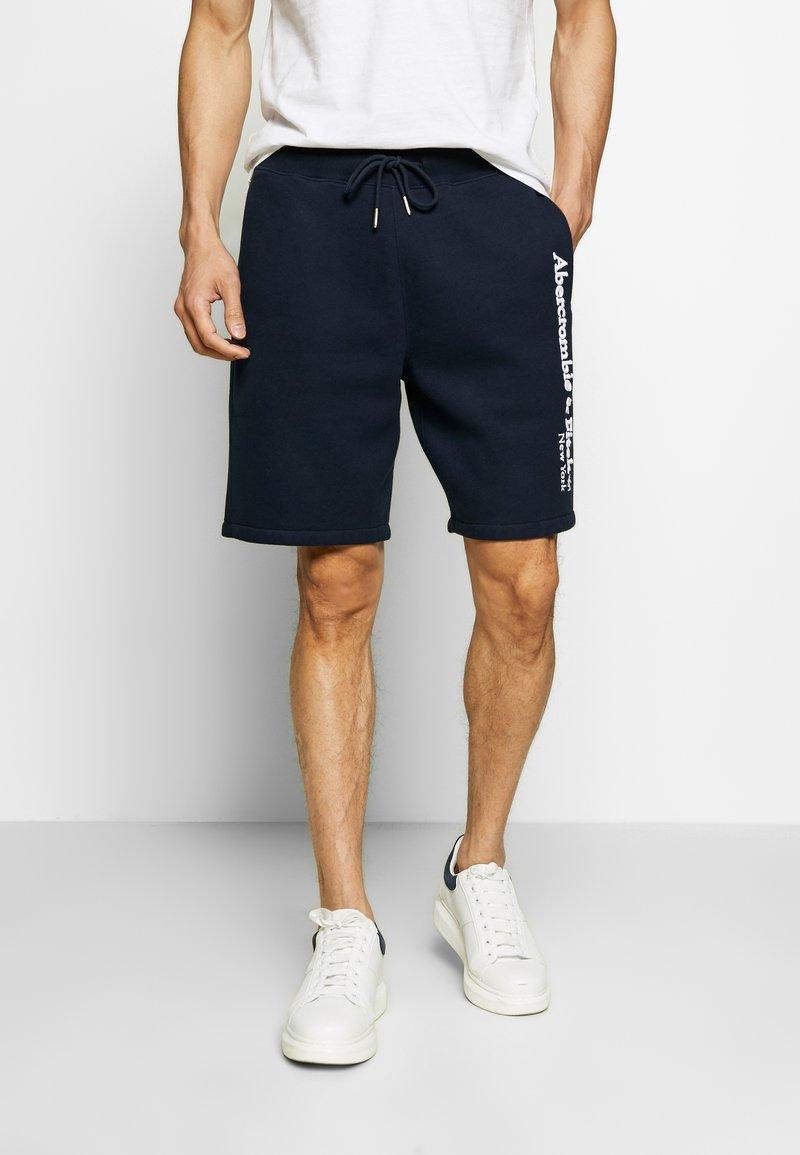 Abercrombie & Fitch - HERITAGE LOGO SHORT - Shorts - blue
