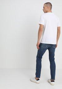 Abercrombie & Fitch - 3 PACK - Camiseta básica - blue/white/grey - 2
