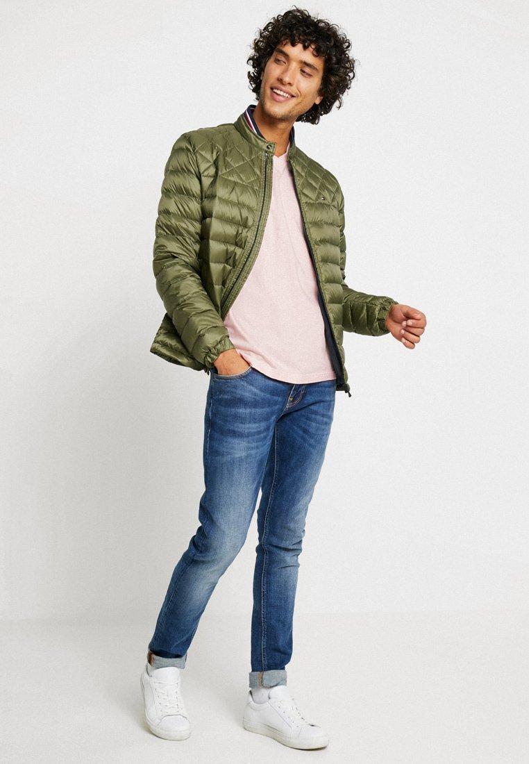 Abercrombie & Fitch - FRINGE 3 PACK - T-shirt imprimé - green/rose/dark blue