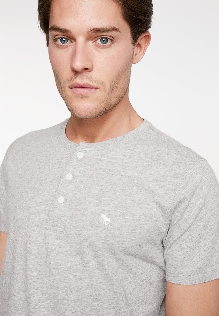 black shirt 3 Fitch Abercrombieamp; Grey Henley white Neutral PackT Basique xWCBorde