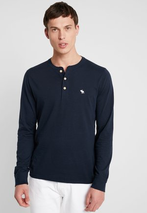 POP ICON HENLEY - Long sleeved top - navy