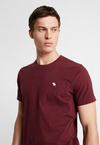 Abercrombie & Fitch - POP ICON CREW - Basic T-shirt - port royale - 3