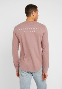 Abercrombie & Fitch - Longsleeve - rose - 2