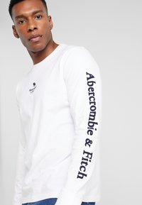 Abercrombie & Fitch - HOLIDAY PLAITED UPDATE  - Longsleeve - white - 4