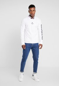 Abercrombie & Fitch - HOLIDAY PLAITED UPDATE  - Longsleeve - white - 1