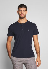 Abercrombie & Fitch - MULTIPACK - Basic T-shirt - navy/grey/white - 3