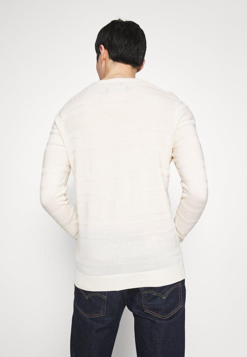 Abercrombie & Fitch Strikkegenser - white
