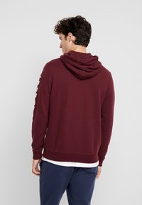 Abercrombie & Fitch - LOGOCON APPLIQUE - Collegetakki - burgundy - 2