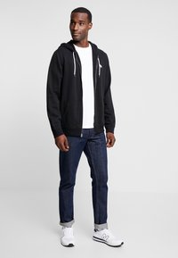 Abercrombie & Fitch - HOOD TAPE ICON FULLZIP - Mikina na zip - black - 1