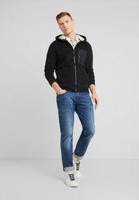 Abercrombie & Fitch - INTERIOR SHERPA - Light jacket - black - 1