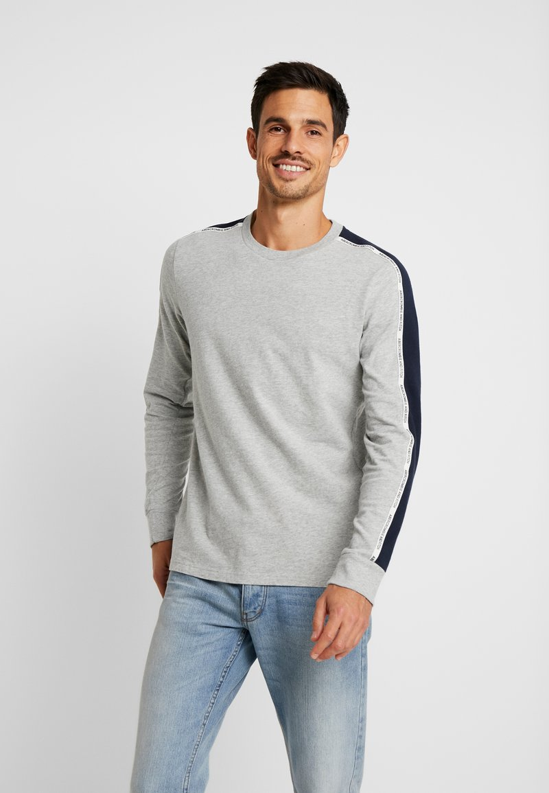Abercrombie & Fitch - LONG SLEEVED TAPE CREW - Longsleeve - grey