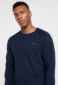Abercrombie & Fitch - ICON CREW - Long sleeved top - navy - 4