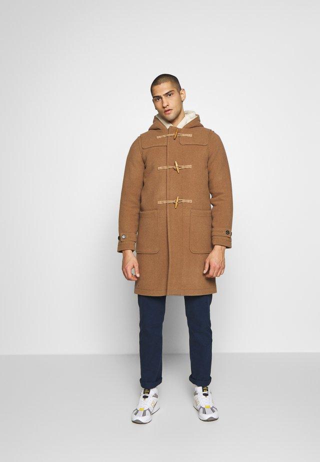 DUFFLE COAT - Classic coat - camel