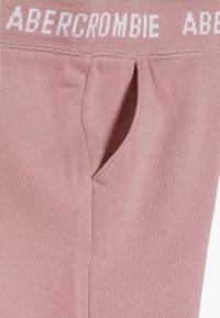 Abercrombie & Fitch - LOGO  - Teplákové kalhoty - pink - 3