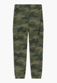 Abercrombie & Fitch - UTILITY JOGGER - Cargo trousers - olive - 1