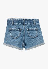 Abercrombie & Fitch - MINI MOM - Jeans Shorts - acid wash - 1